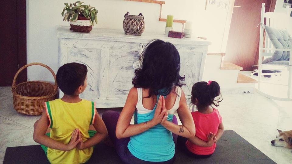 crescere yoga bambini