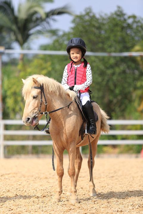 bambini equitazione