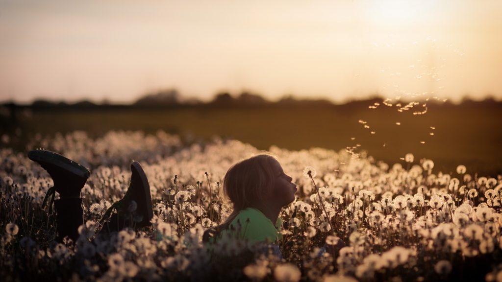Esercizi rilassamento bambini campagna